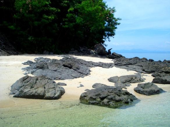 olotayan island, capiz, philippines