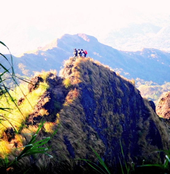 Mount Batulao, climb for broken hearts, Batangas, Philippines