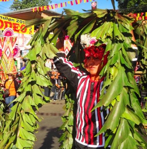 Talakag Contingent (Talaandig and Higaonon tribes), Kaamulan Festival Street dance 2013, Malaybalay, Bukidnon, Mindanao, Philippines