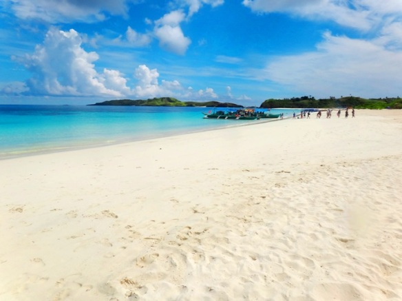 stretch of powder-fine sand, powdery white sand, white beach, Mahabang Buhangin beach, Calaguas Islands, Vinzons, Camarines Norte, Philippines