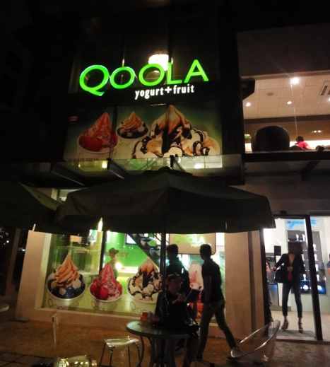 frozen yogurt, Qoola Yogurt + Fruit Greenbelt Makati branch, Manila, Philippines