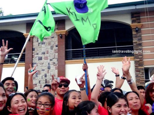 Kimpo family parade, revelry making, party, crowds, Kalibo Ati-atihan Festival 2014