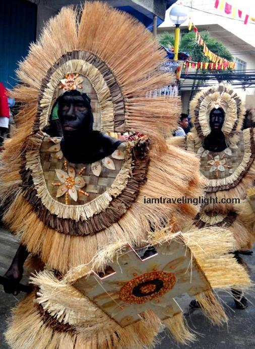 Tribu Ilayanhon, Champion, first place, Balik-Ati category, native Ati costume, Kalibo Ati-atihan Festival 2014