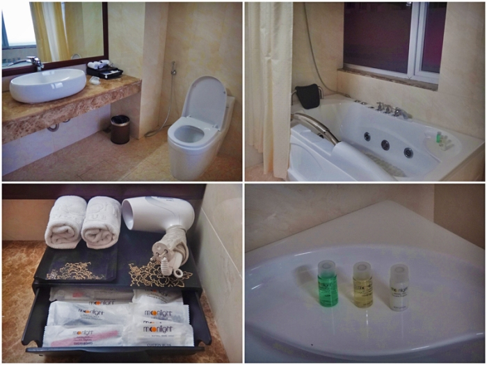 toilet and bath, bathtub, moonlight hotel deluxe room, luxury hotel, hue, vietnam