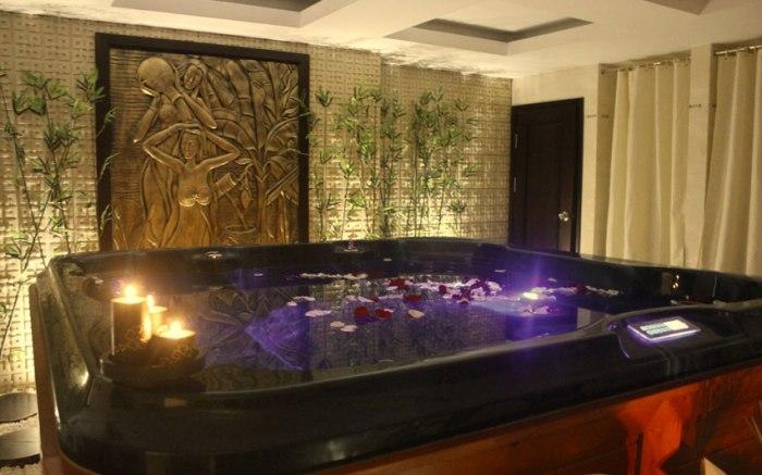 spa, moonlight hotel, luxury hotel, hue, vietnam