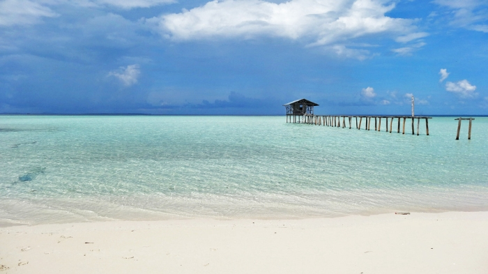 palawan-balabac-onuk-island-most-beautiful-beach-powdery-white-sand-unspoiled-remote