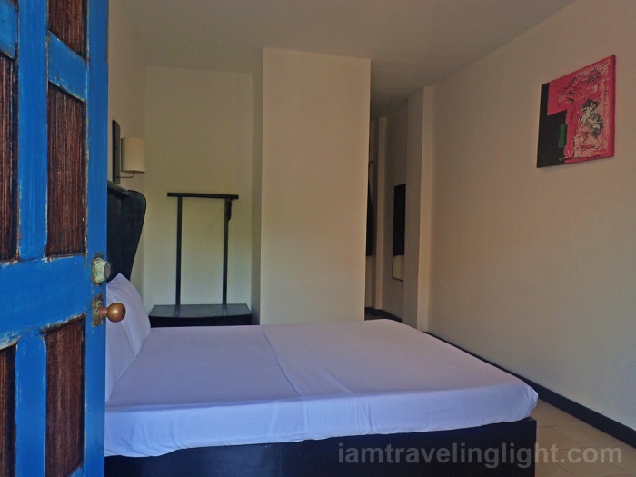 11 budget, private room, queen bed, Mad Monkey Hostel, Boracay, Bolabog Beach.jpg