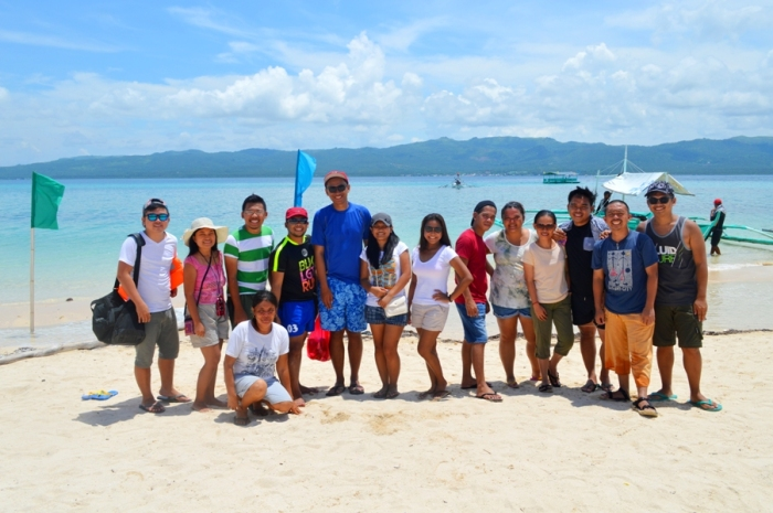 Alibijaban Island group pic, white sand, beach, boat, Quezon, Philippines.JPG