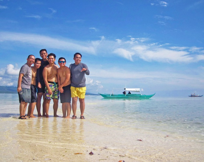 sandbar, sand bar, group, low tide, white stretch of sand, clear blue waters, skies, Alibijaban Island, Quezon, Philippines, white beach, remote