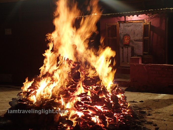 Ritual burning of cow dung, agni hotra, Holi Festival, Mathura, India.JPG