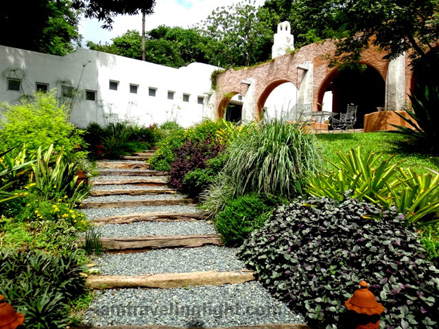 Pinto Art Museum, art gallery, painting, Antipolo, Rizal, nature and architecture combination, garden, arches