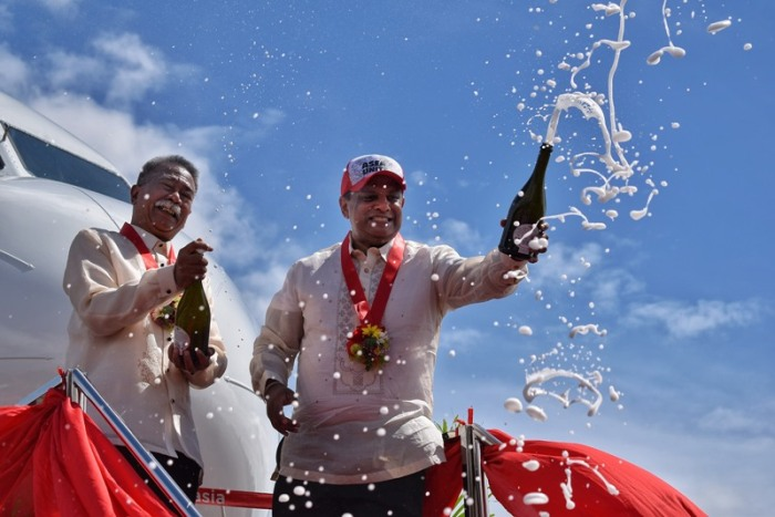 AirAsia group CEO Tony Fernandes, champagne ceremony, ASEAN 50 years anniversary, livery, AirAsia plane, I love ASEAN plane