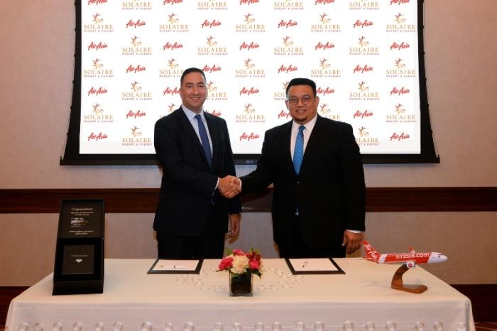 Solaire AirAsia Signing - Handshake (2)